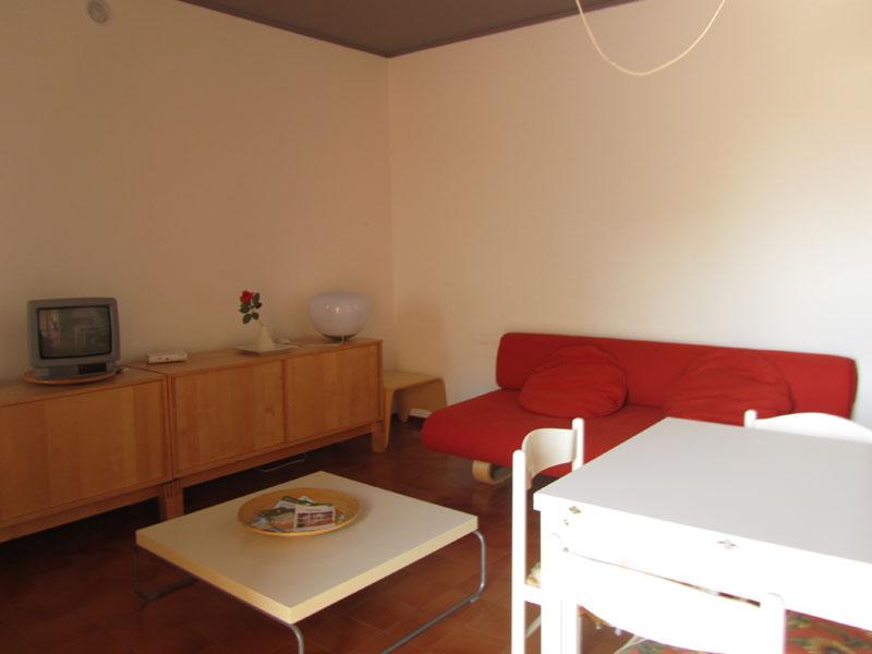 Обстановка в квартире на море в Италии