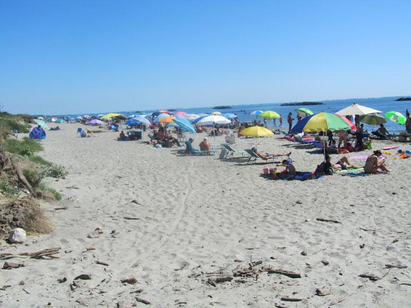 Лидо делле Национи, бесплатный пляж
