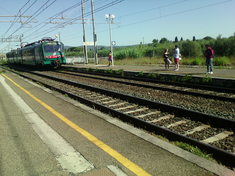 Региональный поезд соединяет маленькие города