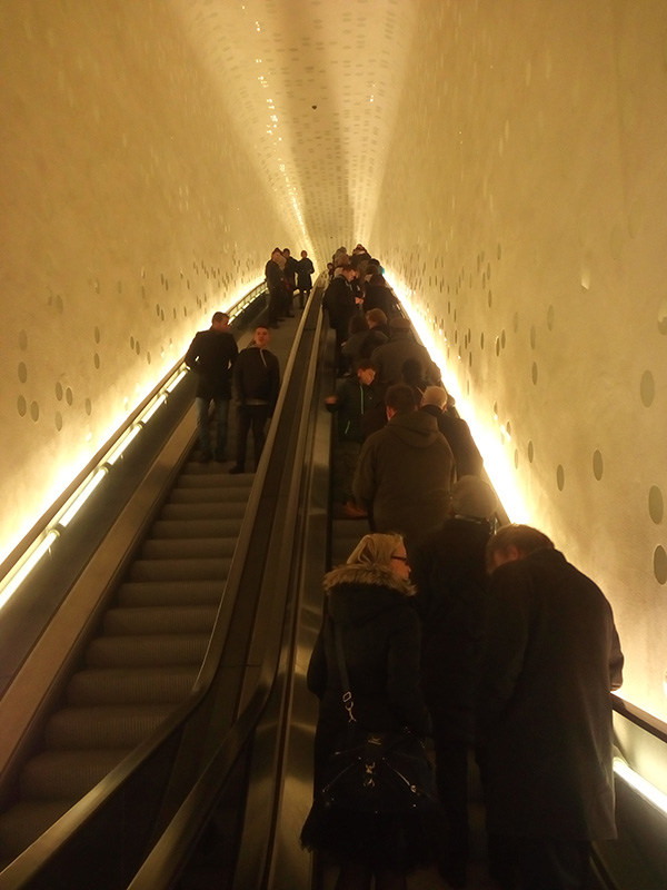 Эскалатор к прекрасному в Elbphilharmonie