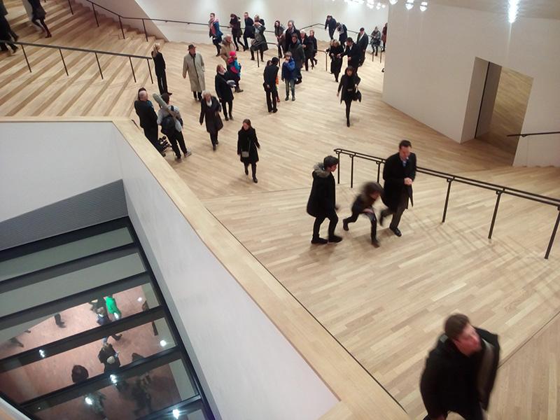 Холл филармонии Elbphilharmonie